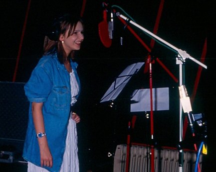 Isabelle A tijdens opname Babydoll single-cd - 1993 (foto 2)